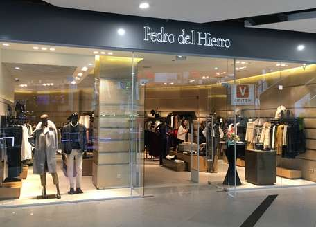 <p>Today&nbsp;Pedro del Hierro&nbsp;boutique is formally opened in Dnepr. Now you can buy brand clothes and accessories not only in the capital city. After the opening and till the end of October gifts for each purchase are waiting for all guests of new&nbsp;Pedro del Hierro boutique, and during the holiday weekend 22-23 October &ndash; wine and refreshments.</p><p>&nbsp;</p>
